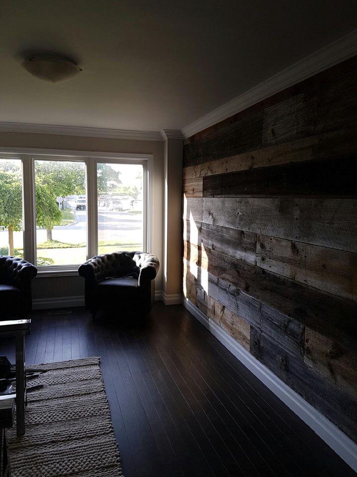 Living Room Feature Wall Design: JMF Custom Wood Features L Barndoors