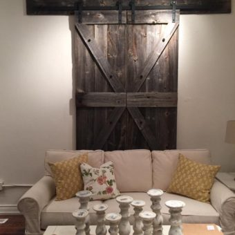 double-display-barndoors-grey-barnwood-arrow-pattern-closed