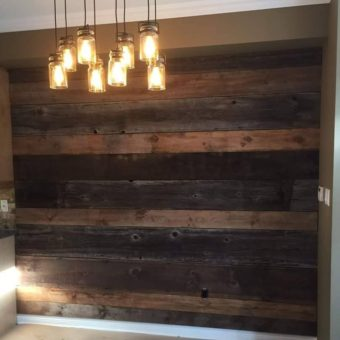 multi-colour-barnwood-dining-room-feature-wall